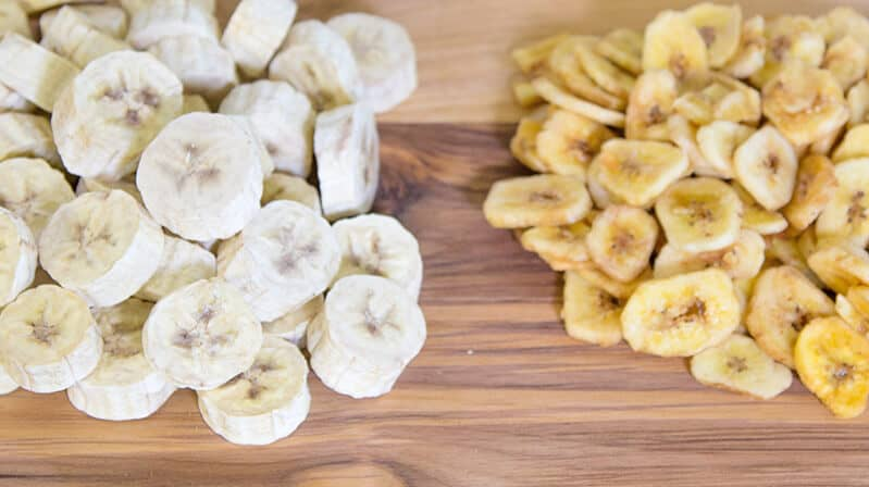 Freeze-dried bananas