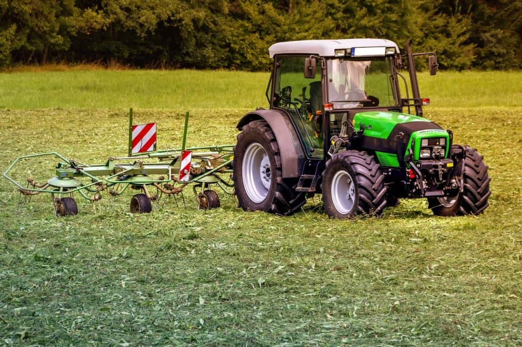 buying a tractor