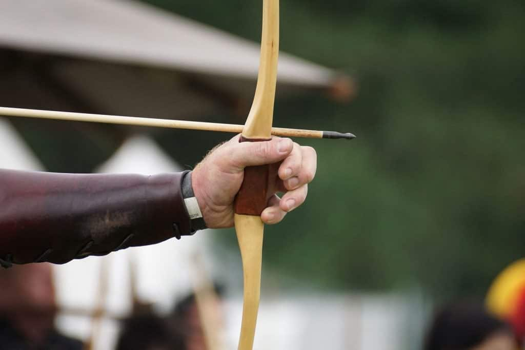 fundamentals of shooting a traditional bow