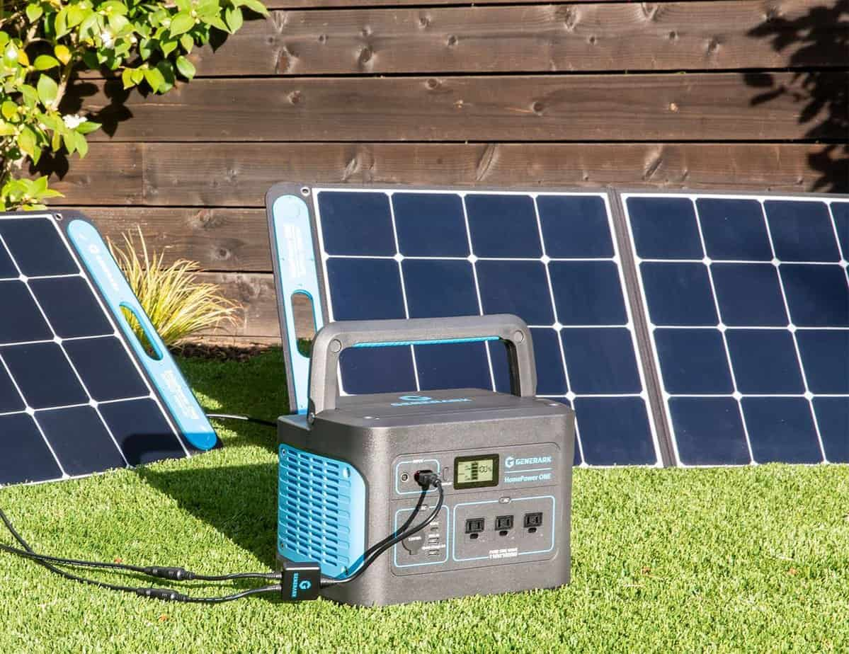 how can a portable solar generator help in a disaster